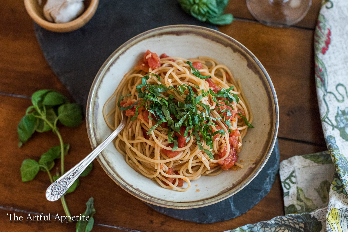 Quick Tomato Basil Pasta | Guest Post for Life with Kami
